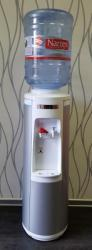 Automat na vodu (výdejník vody) typ 2V66 BÍLÝ / STŘÍBRNÝ + DÁREK